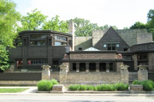 Wright's studio (1898) viewed from Chicago Avenue