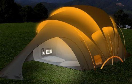Инновационные технологии.  Палатка с встроенными солнечными элементами