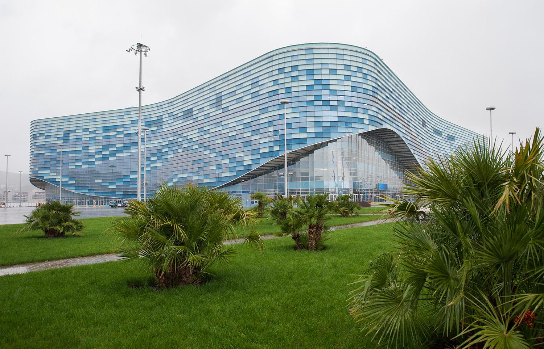Дворец «Айсберг»: особенности конструкции, облицовки и внутренней отделки