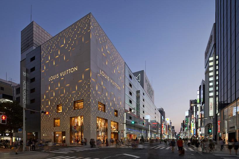 Торговый центр Louis Vuitton.  Токио